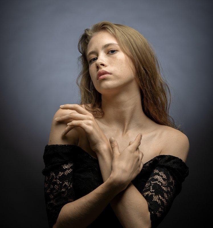 женский портрет,студийный портрет,красивая девушка Далияphoto preview
