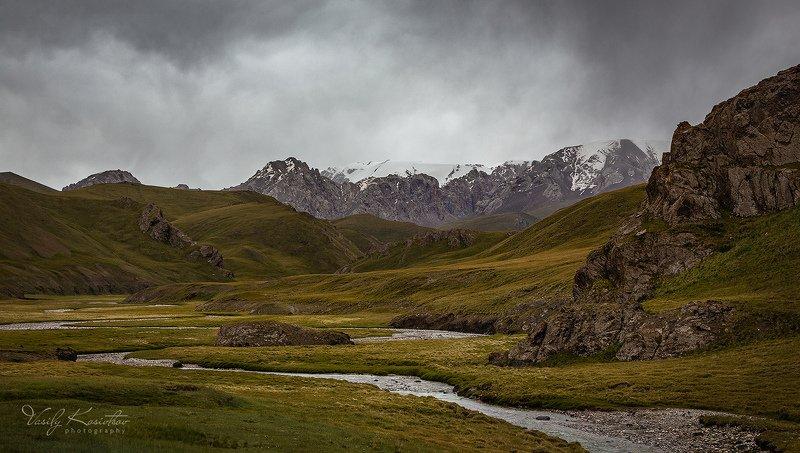 кыргызстан, внутренний тянь-шань, западный кокшаал-тоо, отрог сарыбелеc клёвое местоphoto preview