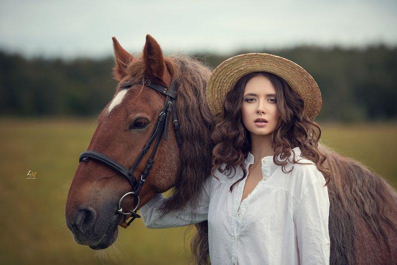 портрет, арт, артфото, пленер, на природе, фотограф, москва, арт фотограф, конь, девушка Дианаphoto preview