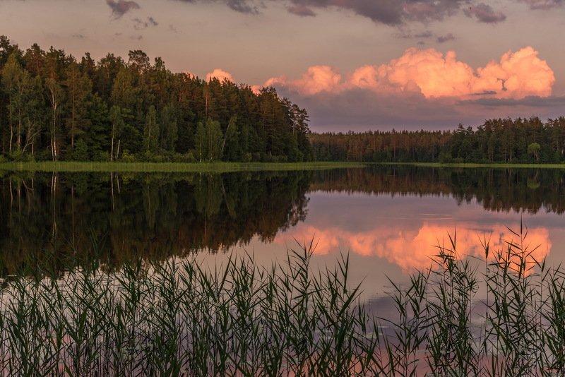 Закат на озереphoto preview