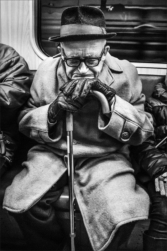 bw, bnw, street, portrait, 35mm, composition, чб, портрет, уличнояфотография, композиция, xt3, fujifilm Subwayphoto preview