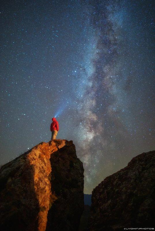 Ночь на скалах Южного Кавказаphoto preview