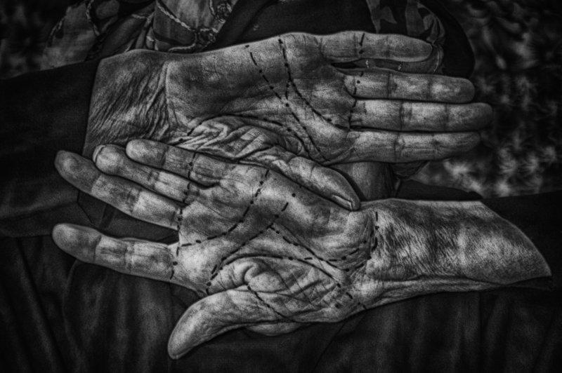 old, black and white, life, conceptual, HANDS, age, Borders, старый,черный и белый, жизнь, концептуальный, РУКИ, возраст, Границы Bordersphoto preview