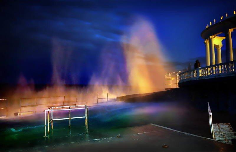 алушта, демерджи, крым Безлазерное, природное свето-шоуphoto preview