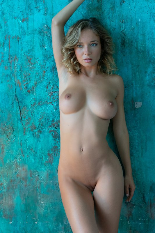 sexy, girl, female, body, beauty, beautiful, sensual, skin, young, nude, attractive, model, naked, posing, woman, studio, fashion, erotic, person, caucasian, sensuality, lady, pose, pretty, figure, slim, portrait, women, adult, legs Art nudephoto preview