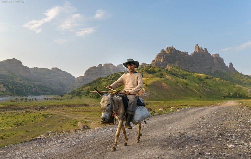 Памир Чилдухтарон Таджикистан ...photo preview