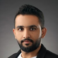 Portrait of a photographer (avatar) bin dawood hassan (hassan bin dawood)